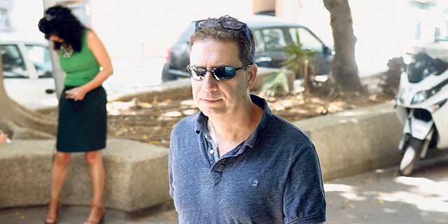 """רון אילון מנכ""""ל yes לאחר חקירתו, צילום: עמית שעל"""