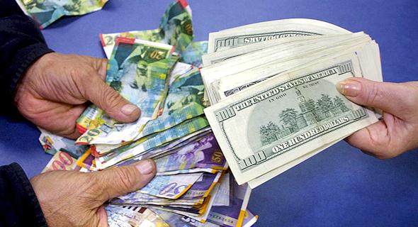 המרת כספים. כדי להתמודד עם שער הדולר צריך לעשות את מה שהייטקיסטים יודעים לעשות הכי טוב, רק בלי הקטע הבכייני