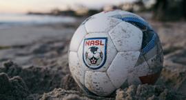 כדור של NASL. לקבוצה אין לוגו, צילום: אתר NASL