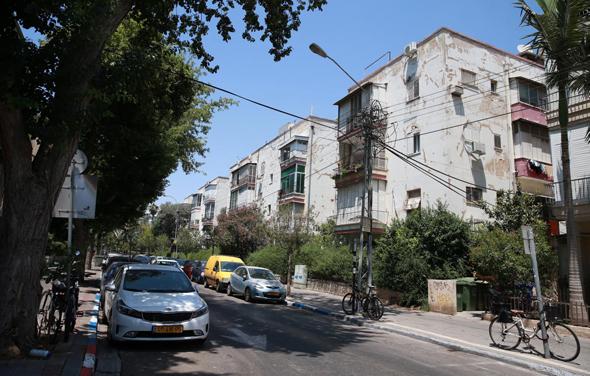 רחוב יהושע בן נון פינת בזל, תל אביב