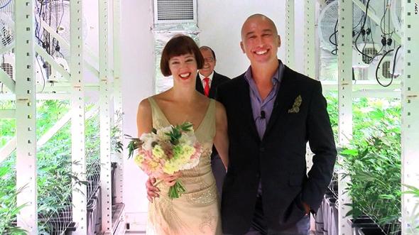 חתונה בלאס וגאס בחממת מריחואנה , צילום: KSNV