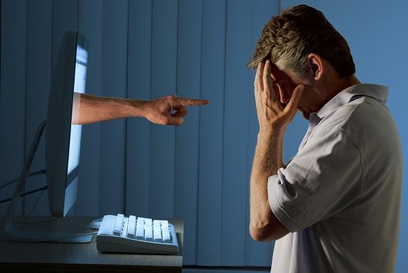 חברות האינטרנט לא נלחמות בבריונות ובהסתה