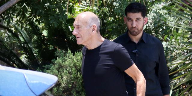 אהוד אולמרט, אחרי שחרורו מהכלא, צילום: אבי מועלם