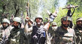 חיילים הודים בחבל המריבה קשמיר, צילומים: אי פי איי