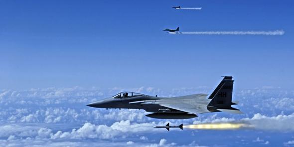 """מבנה F15 משגר טילים מונחי מכ""""מ, צילום: Popular Mechanics"""