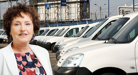 קרנית פלוג נגידת בנק ישראל ליסינג אלבר מגרש מכוניות, צילום: עמית שעל