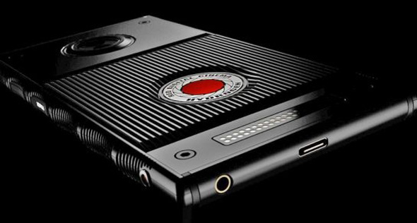 תמונת המכשיר היחידה שפורסמה באתר Red