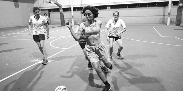 חייבים להשקיע יותר בכדורגל נשים