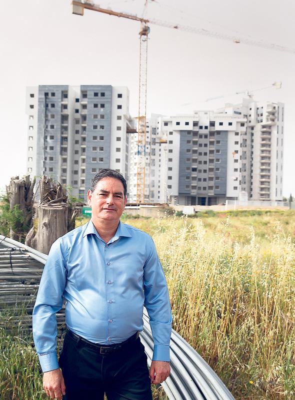 יחזקאל סיבק, תושב אביחיל, צילום: אוראל כהן