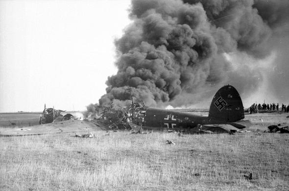מפציץ גרמני שפגש את טייסי הוד מעלתה בנסיבות לא נעימות