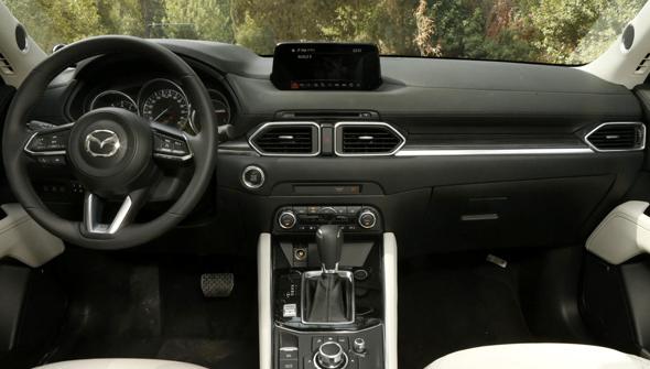 מאזדה CX5 מבט מבפנים, צילום: עמית שעל