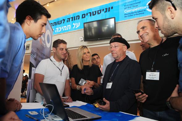 """מימין: יוסי מטיאס מנהל מרכז הפיתוח של גוגל, מולי אדן יוצא אינטל ועדי סופר תאני, מנכ""""לית פייסבוק ישראל, צילום: אוראל כהן"""