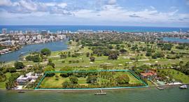 קרקע למכירה מיאמי חוליו איגלסיאס 1, צילום:  BRIAN LEE AND LUIS TRAVIESO