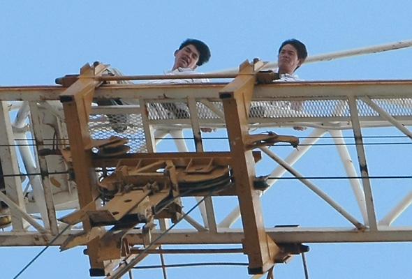 עובדים סינים בפרויקט בנייה בקרית אונו (ארכיון)