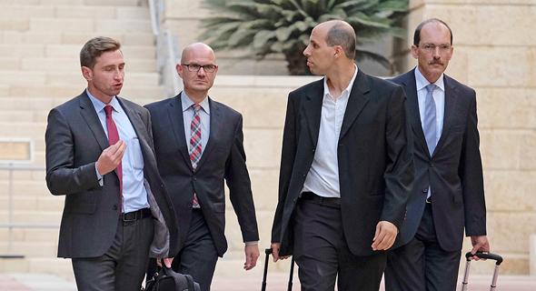 נציגים של טיסנקרופ thyssenkrupp בפגישה במשרד הכלכלה פרשת הצוללות 1, צילום: יואב דודקביץ