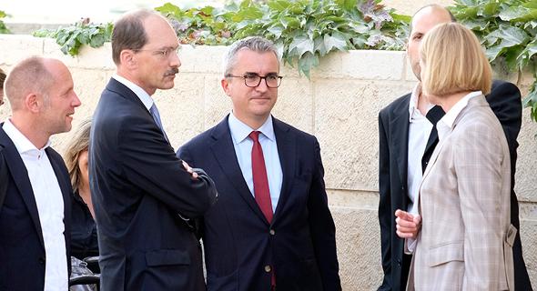 נציגים של טיסנקרופ thyssenkrupp בפגישה במשרד הכלכלה פרשת הצוללות 2, צילום: יואב דודקביץ