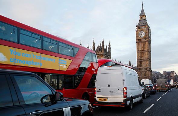 London traffic. Photo: Bloomberg