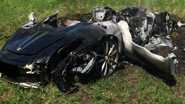 פרארי אחרי ה תאונה, צילום: South Yorkshire Police