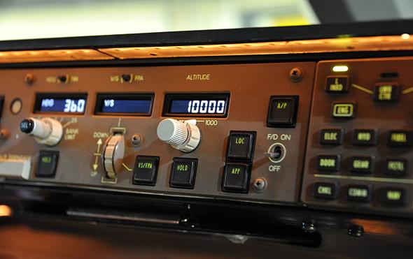מערכת טייס אוטומטי של בואינג 777