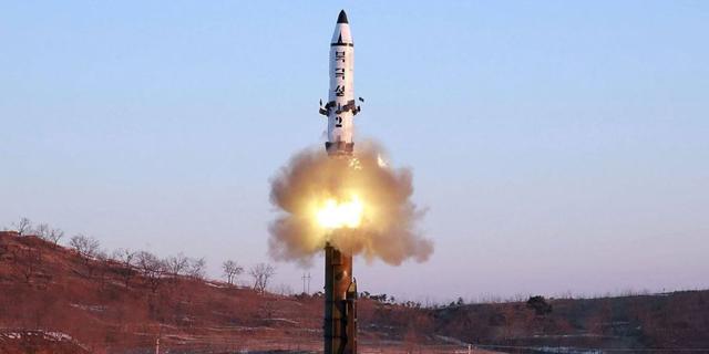 הלחץ עולה מדרגה: סין מטילה סנקציות כלכליות על צפון קוריאה