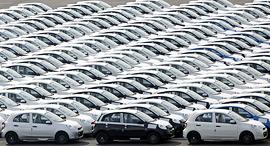 מכוניות ניסן, צילום: בלומברג