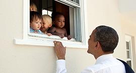 ברק אובמה גן ילדים וושינגטון, צילום: Pete Souza/The White House