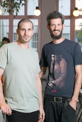 פנאי השפים חנוך שכטר ו דן ארואץ, צילום: אוראל כהן