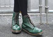 """נעליים מגפיים ד""""ר מרטינס נוסטלגיה, צילום: slytherpuff-fiendship"""