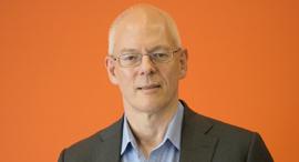 """אדריאן קוקרופט סמנכ""""ל ארכיטקטורת ענן AWS אמזון, צילום: איל גזיאל"""