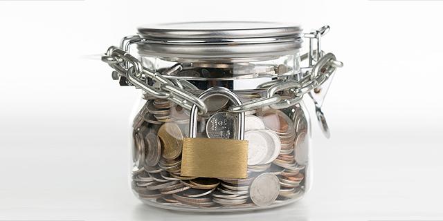 הקרנות מתחכמות לרפורמה בפנסיה: 4 מכל 10 עובדים משתכנעים לשלם דמי ניהול מקסימליים