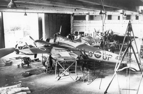 מטוס שכל נגר יכול לבנות ולתקן. מוסקיטו