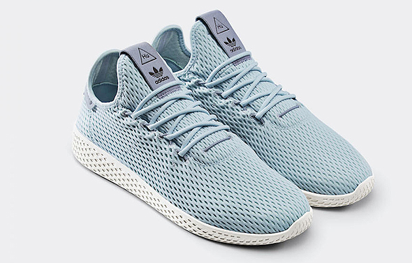"""נעליים נעלי ספורט אדידס, צילום: יח""""צ"""