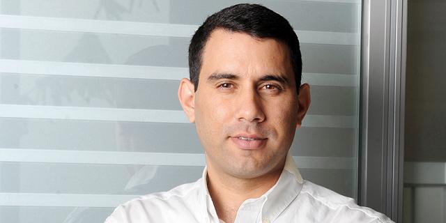 """מנכ""""ל אלבר אורן אלעזרא מועמד לתפקיד דירקטור בחברת מקס סטוק"""