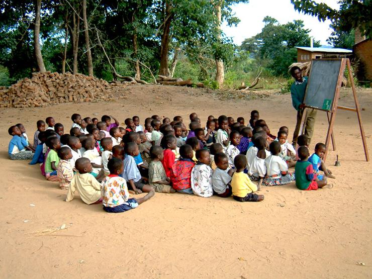 כיתה במאלווי, צילום: rippleafrica