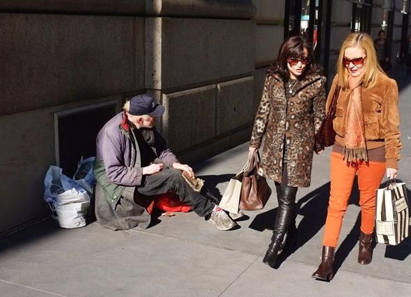 קבצן ברחוב, צילום: Getty