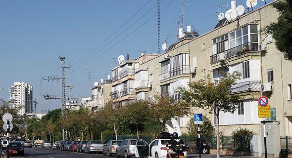 """בניינים ישנים בת""""א (ארכיון). 50% משווי תוספת הזכויות נגבים בהיטל ההשבחה , צילום: אוראל כהן"""