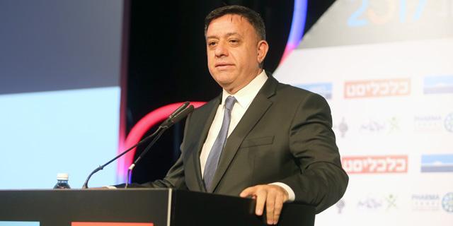 """גבאי קרא לבחירות: """"מונה אדם לא מתאים לשר הביטחון"""""""