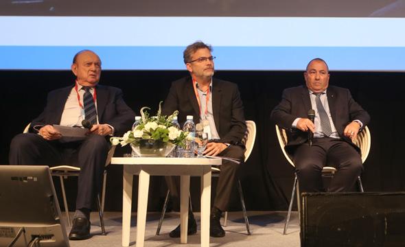 מימין: אריה אברמוביץ', אורי אלדובי ולוי רחמני