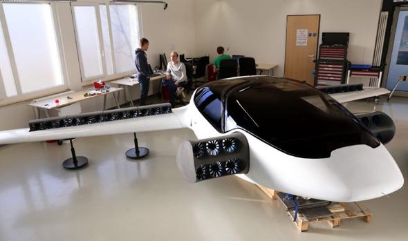אב טיפוס המכונית של ליליום, צילום: ViralMega