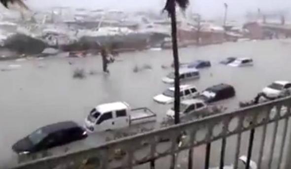 הצפות בסן מרטן בעקבות הוריקן אירמה, צילום: caribbeannewsnow