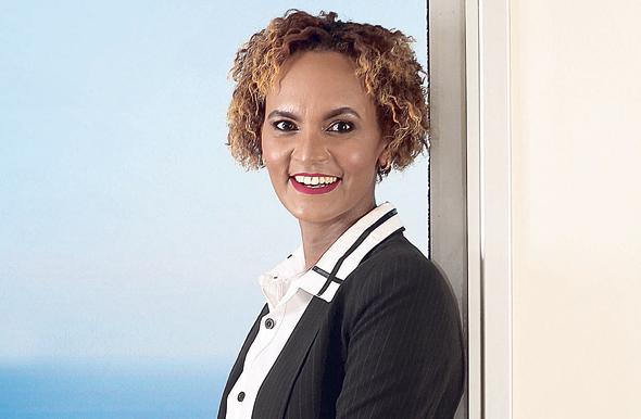 אדנקו סבחת חיימוביץ, אחת משתי השופטות הראשונות מהעדה האתיופית. בת 41