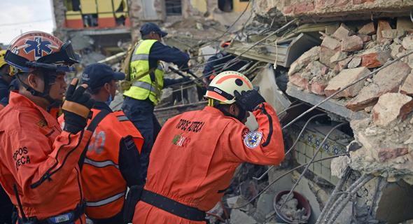רעידת אדמה רעש אדמה ב דרום מקסיקו צונאמי 4, צילום: איי אף פי