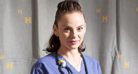 מגזין נשים 12.9.17 אולה אוסטרובסקי־זק אחות במחלקה לרפואה דחופה ב בית החולים הדסה עין כרם, צילומים: תומי הרפז