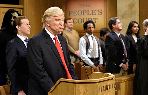 """אלק בולדווין ב""""סאטרדיי נייט לייב"""". זו רק ההתחלה, צילום: NBC"""