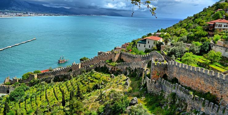 אלניה, טורקיה. לרחוץ איפה שרחצה המלכה קליאופטרה, צילום: booking