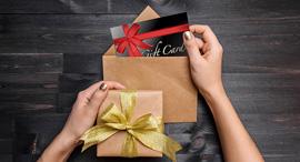 מתנה שי לחג עובדת gift card, צילום: שאטרסטוק