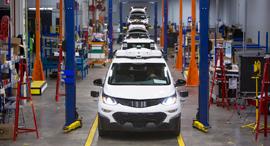 פס ייצור של ג'נרל מוטורס, צילומים: Jeffrey Sauger for General Motors