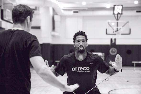 בגיל 30 לקראת העונה העשירית שלו בליגה, צ'נדלר מתכוון לדבוק במה שעובד, לא רק בכדורסל. הוא מרגיש שמצא מתכון מנצח.