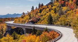 פוטו סתיו ארצות הברית  Blue Ridge Parkway, צילום: שאטרסטוק