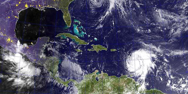 """הוריקן """"מריה"""" פגע בקריביים, ראש הממשלה: """"עף לי הגג מהבית"""""""